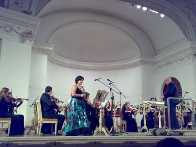 В Доме музыки состоялся концерт из цикла - Вечера в английском стиле, а в Колизее, благотворительная акция – Крещенские встречи